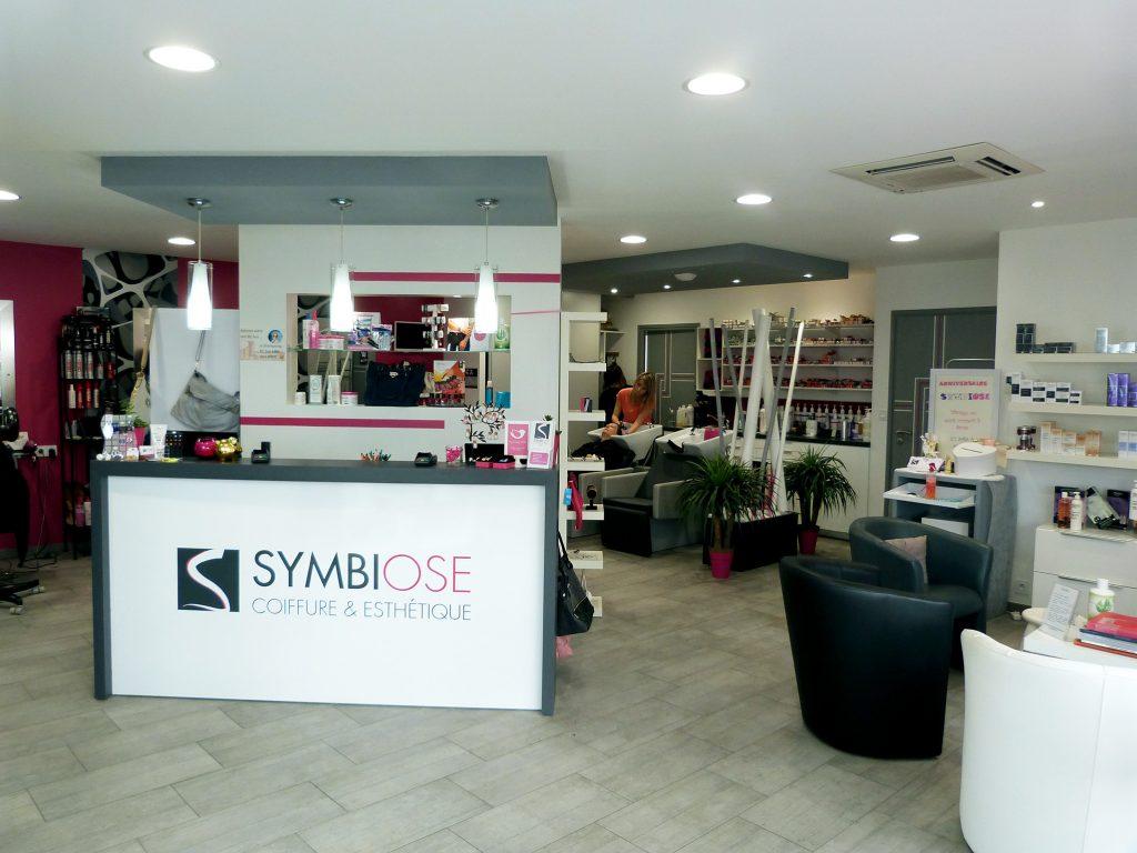 Symbiose froidfond salon coiffure et esth ticienne for Chaine de salon de coiffure